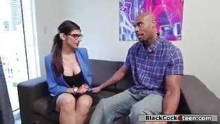 Mia Khalifa sex video